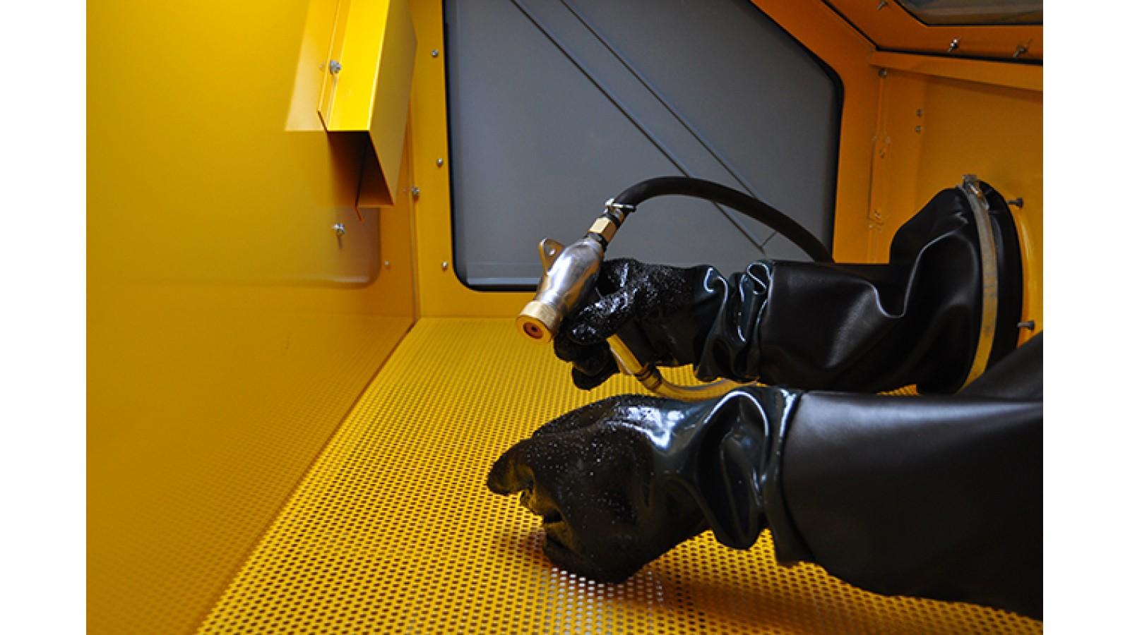 Sabbiatrice professionale con aspiratore 220V con tripla apertura - cabina di sabbiatura con accessori